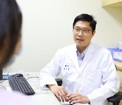 精神科吳易澄醫師提醒,良好睡眠是維持健康的基本要素。圖/新竹馬偕醫院提供