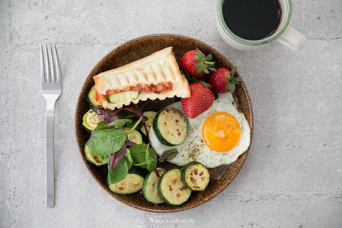 體內的醣份要先代謝才會消耗脂肪,所以減少醣份攝取的話,體內才會快速代謝完醣份接著...