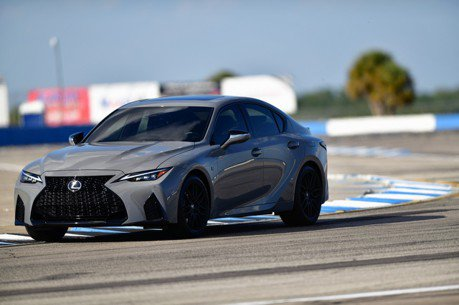Lexus IS之王專屬限量版! IS 500 F SPORT Performance Launch Edition帥勁水泥灰登場