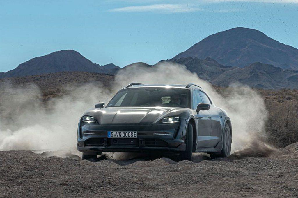 3月初全球首發的Porsche Taycan Cross Turismo,是首部...