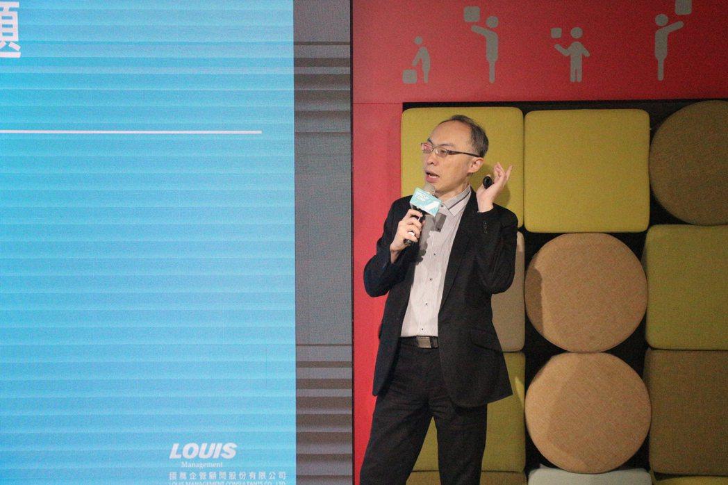國萬法律顧問俞伯璋強調新創赴泰發展熟悉當地法規才能接地氣。卓家弘/攝影