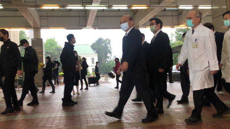 行政院長蘇貞昌帶頭打疫苗。記者李承穎/攝影