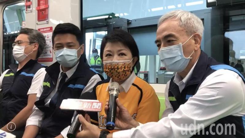 台中市長盧秀燕強調,焦點在捷運,不要沾政治味。記者洪敬浤 /攝影