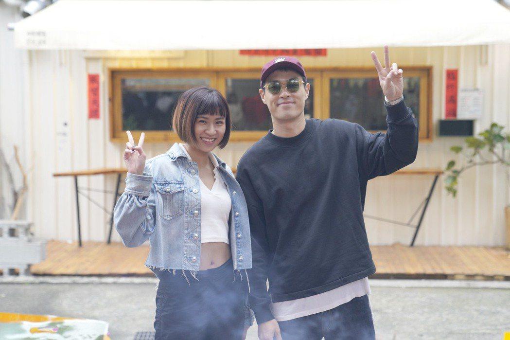 楊祐寧(右)首次擔任製作人,欽點9m88擔任女主角。圖/牽猴子提供