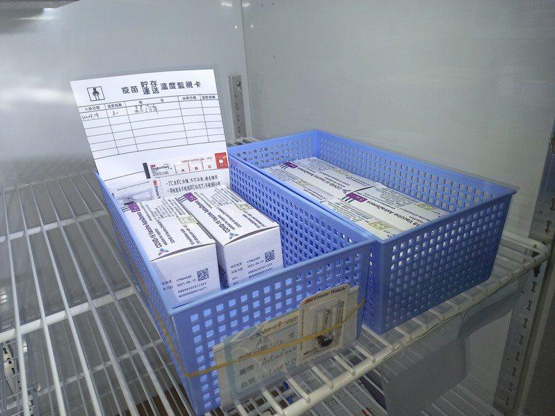 嘉義市獲中央分配600劑的AZ疫苗。記者林伯驊/翻攝