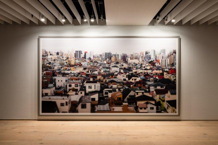 德國攝影藝術家Andreas Gursky鏡頭下的《東京》。圖/忠泰美術館提供