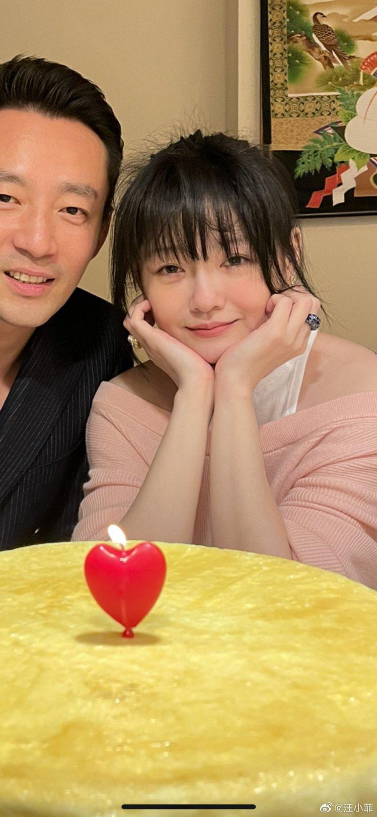 汪小菲與大S歡慶結婚10周年。 圖/擷自汪小菲微博