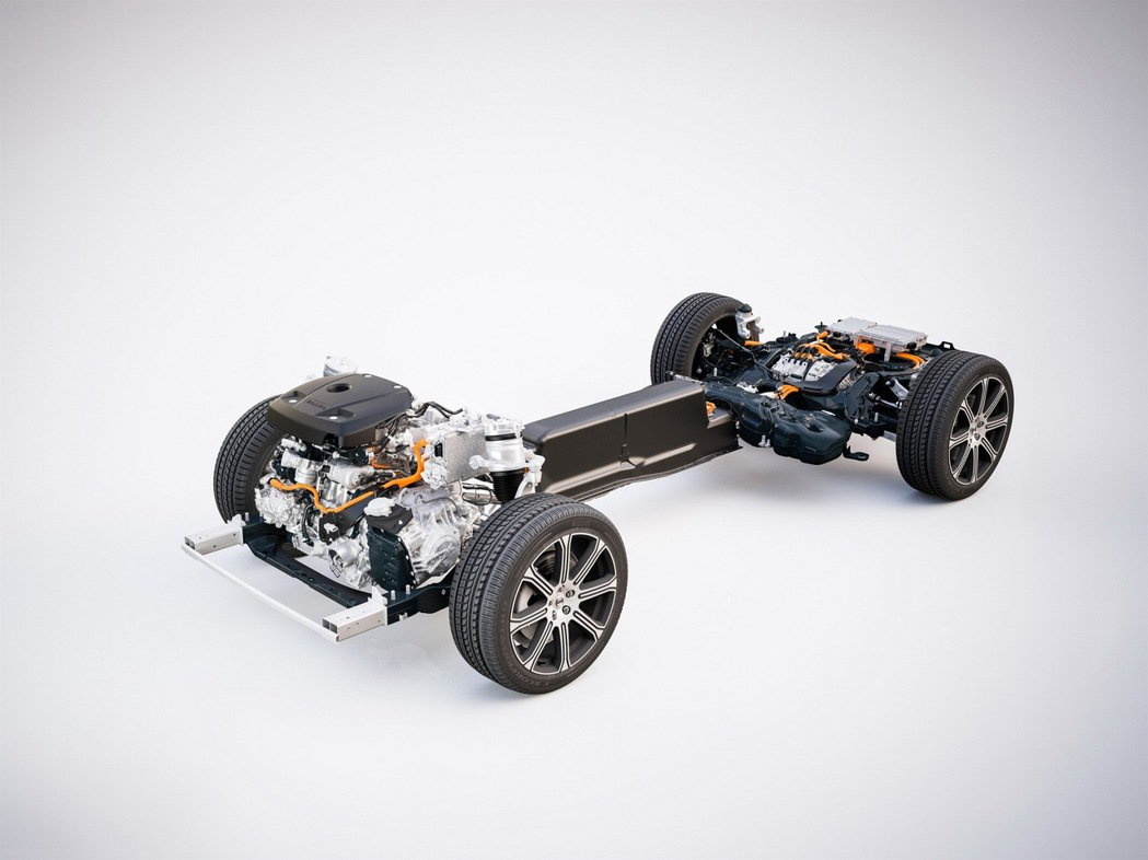 國際富豪汽車除持續推廣新能源車款外,也將積極協助車主於家中安裝充電樁,於全省經銷...