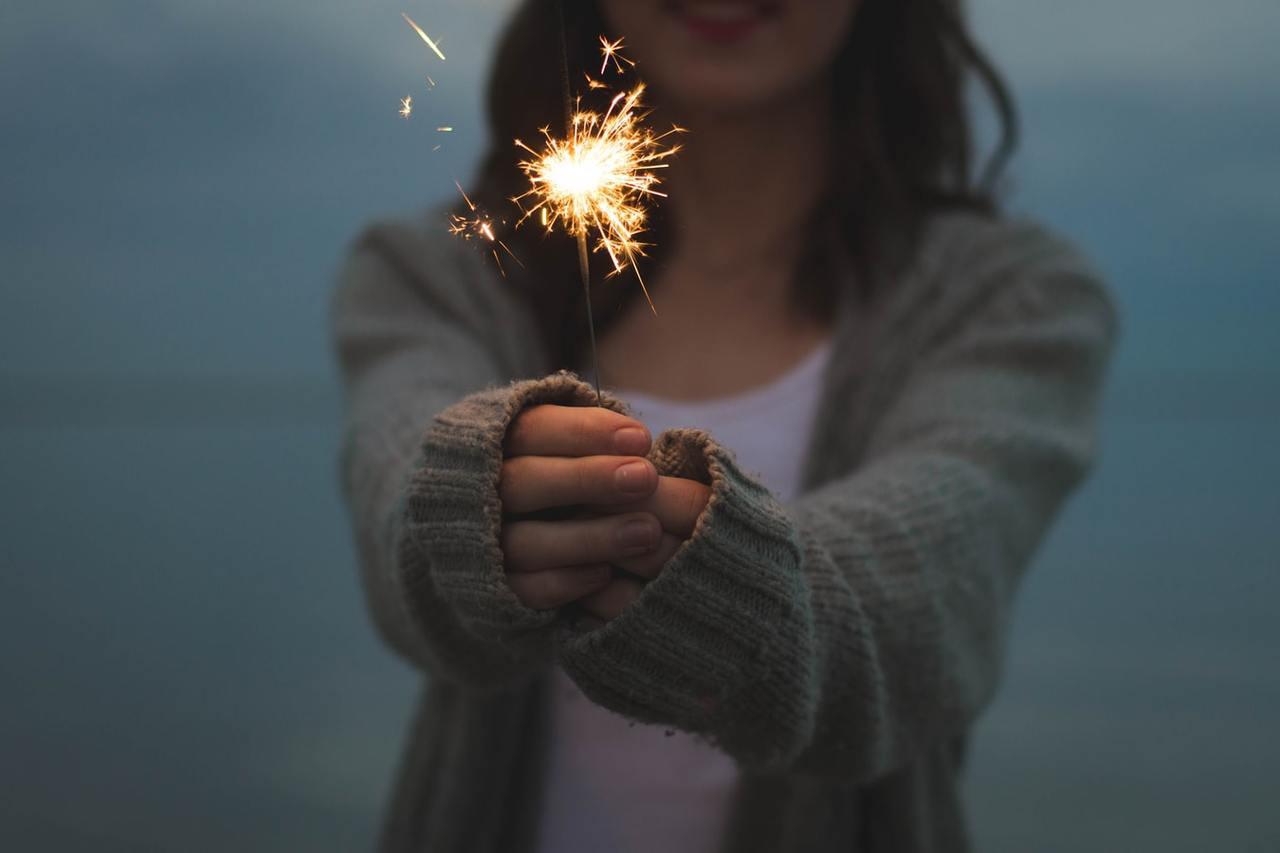 活著真好,只要活著,就會有好事發生。因為喜悅的光芒,會從意想不到的角度落到自己身...