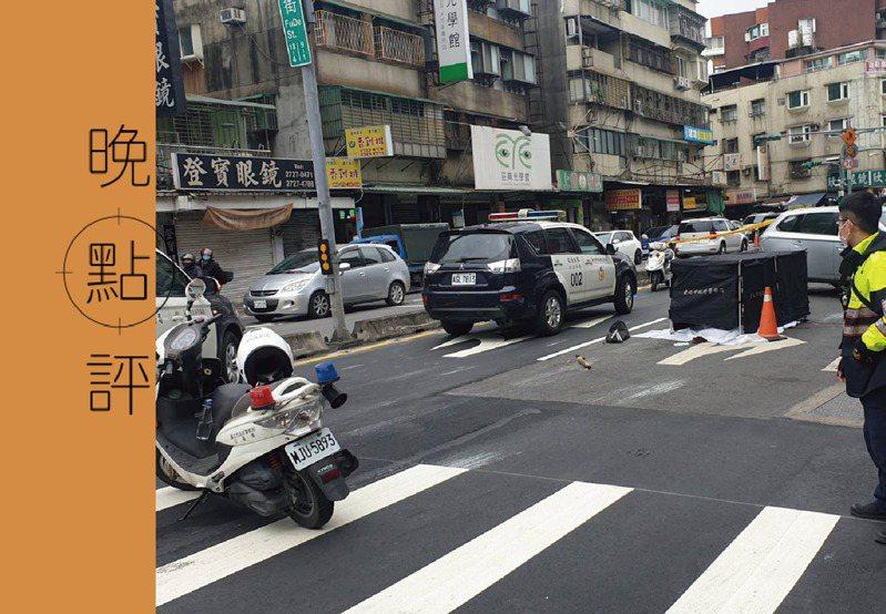 86歲朱姓老婦今在台北市信義區走斑馬線過馬路,被一輛公車左轉輾過死亡。記者李奕昕/翻攝