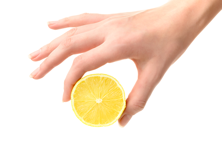 與其添加基本味道的調味品,不如按我教薩拉索塔那位老太太的辦法,擠一點橘子或檸檬汁...