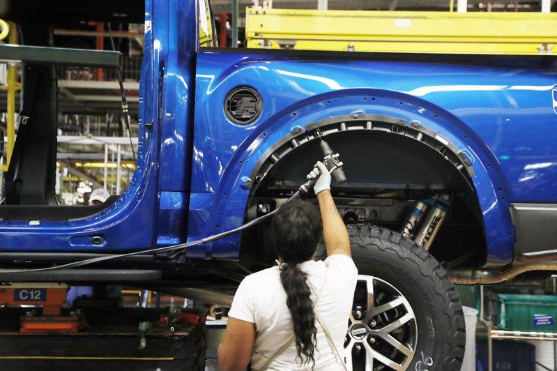 福特汽車(Ford)的卡車組裝生產線。  美聯社