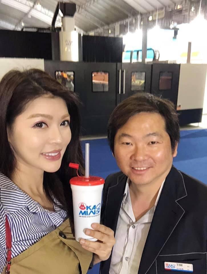 殷琦與老公張仕育婚後恩愛幸福。圖/摘自臉書