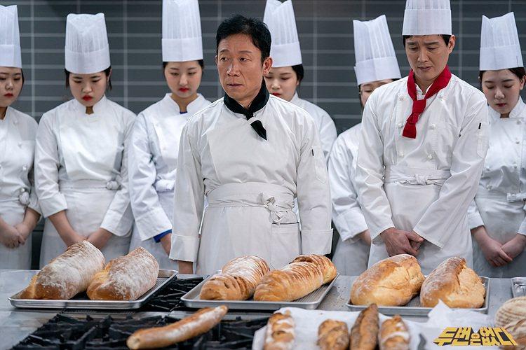 鄭石勇在「沒有第二次」戲中是個不得志的烘焙師傅。圖/緯來戲劇台提供