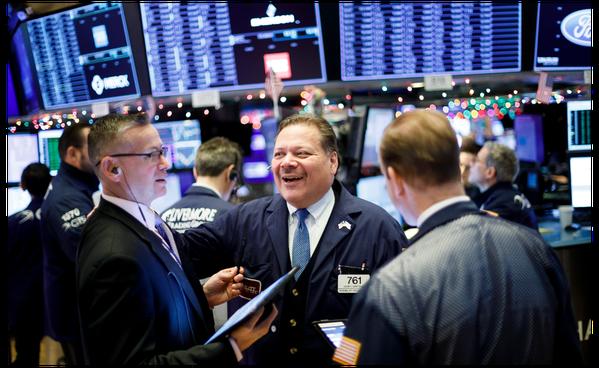 美國基本面及企業獲利改善,同時,市場資金充沛,有利美股表現。(本報系資料庫)
