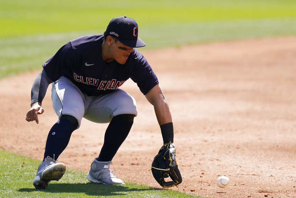 MLB/林子偉替補上場獲保送 張育成連8打數未敲安
