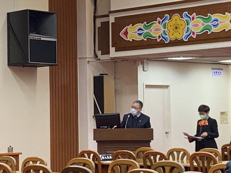 立院財委會今邀財政部部長蘇建榮針對「政府實施房地合一稅及是否推動囤房稅之政策評估」進行專題報告。記者沈婉玉/攝影