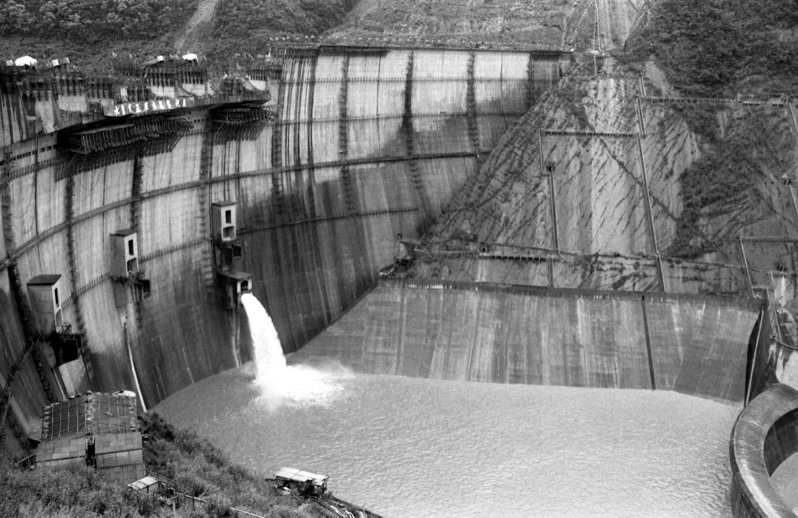 台北市政府投資百餘億元興建的翡翠水庫,施工時間長達7年,1986年03月25日正式開始蓄水。圖/聯合報系資料照片