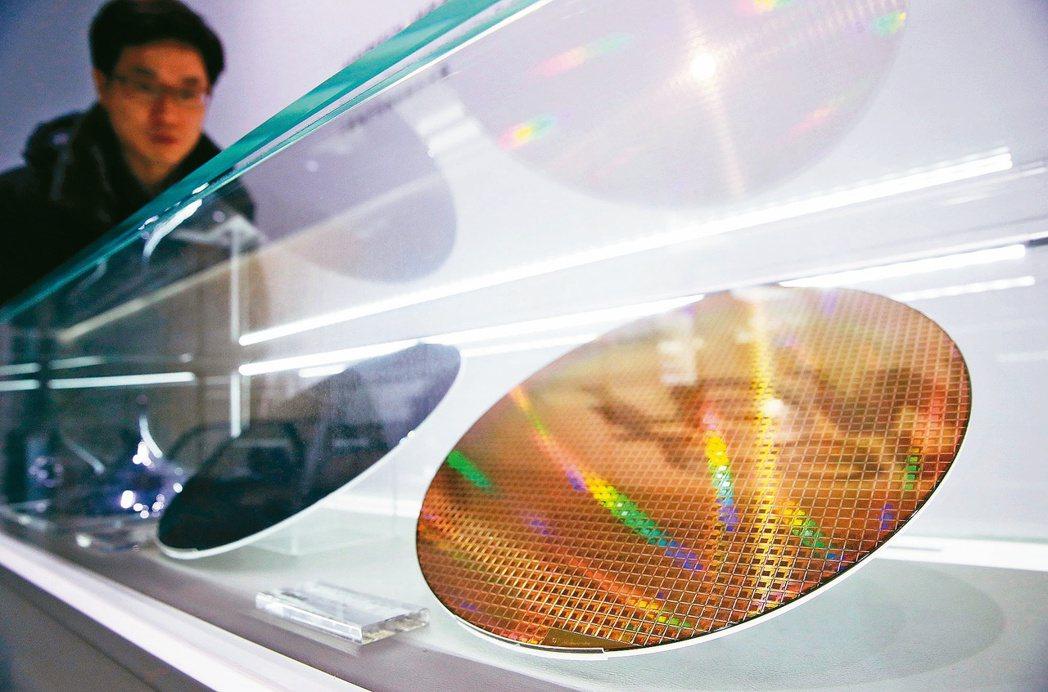 包括台積電、三星電子在內的亞洲晶片業者呼應美政府要求,積極赴美設廠或擴產。(歐新...
