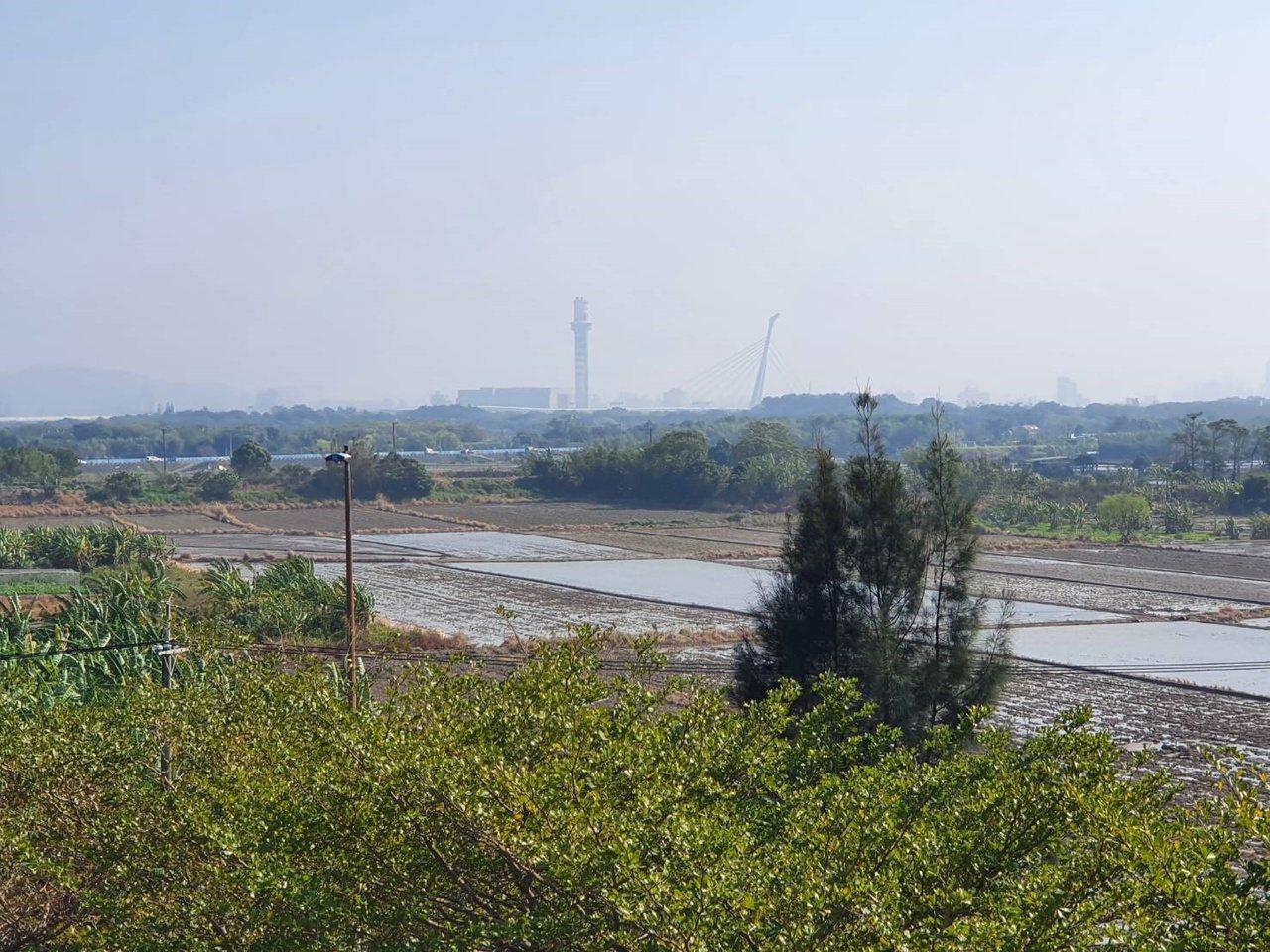 台北捷運北投會館位於捷運復興崗站的北投機廠內,面向關渡平原。 圖/楊正海 攝影
