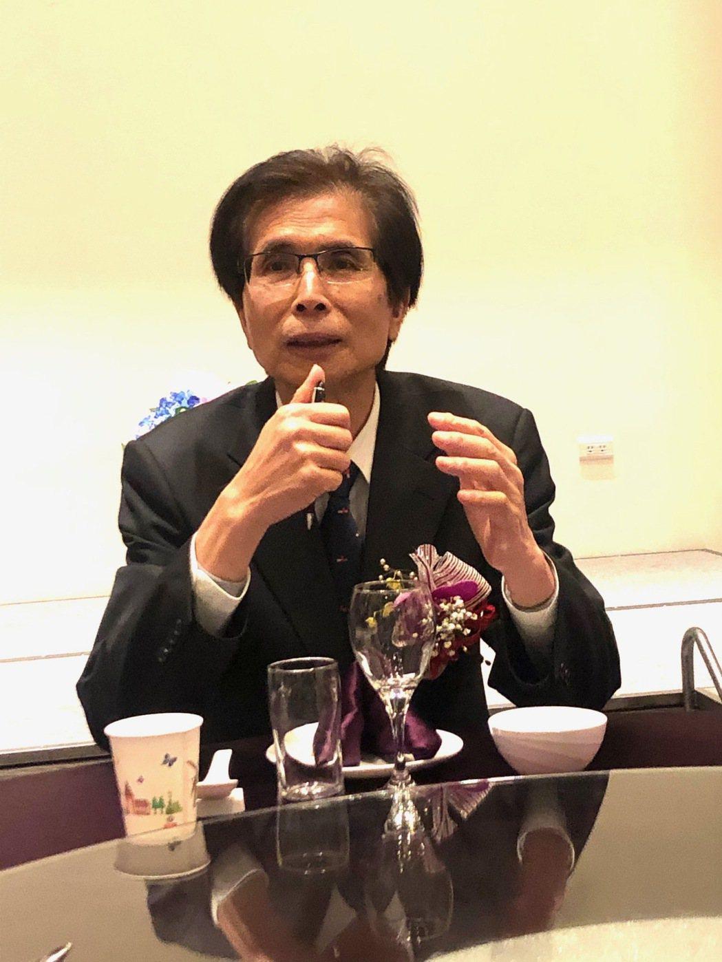 桃園建商公會理事長李文科反對政府無厘頭打炒房。(圖/張瑞傑攝)