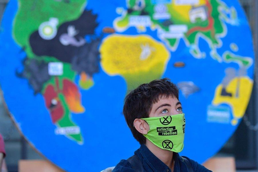 氣候訴訟透過法院判決承認環境權利,從而影響行政行為,矯正原先氣候治理上的缺失或權利的侵害。示意圖。 圖/法新社