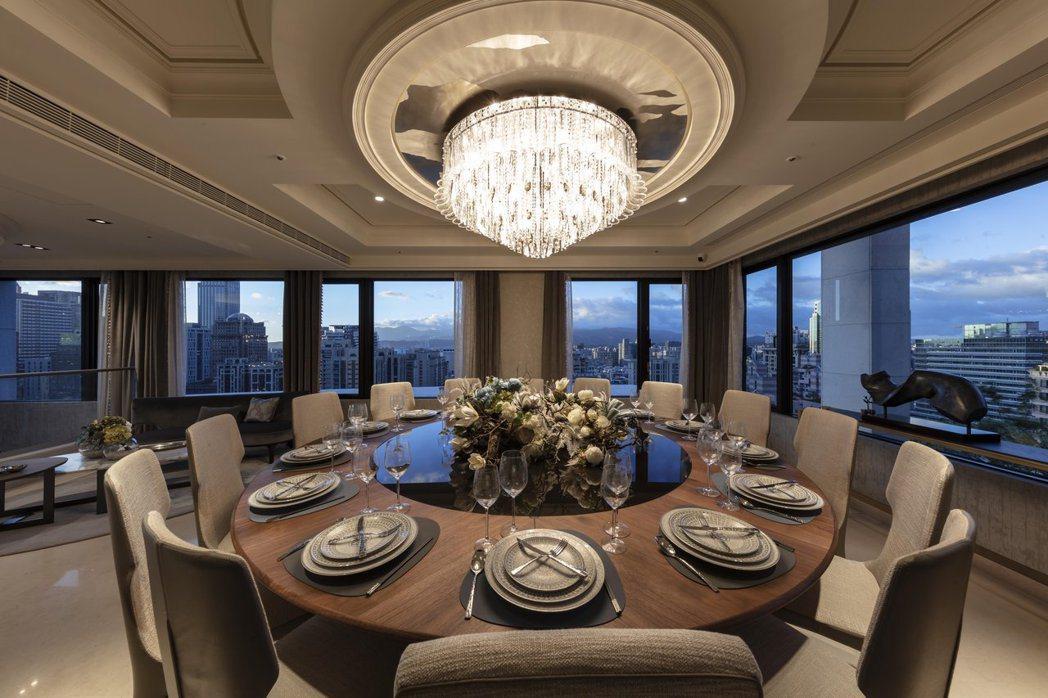 採專屬預約制的氣派公設宴會廳,是接待賓客最佳禮遇。 張瑞文/攝影