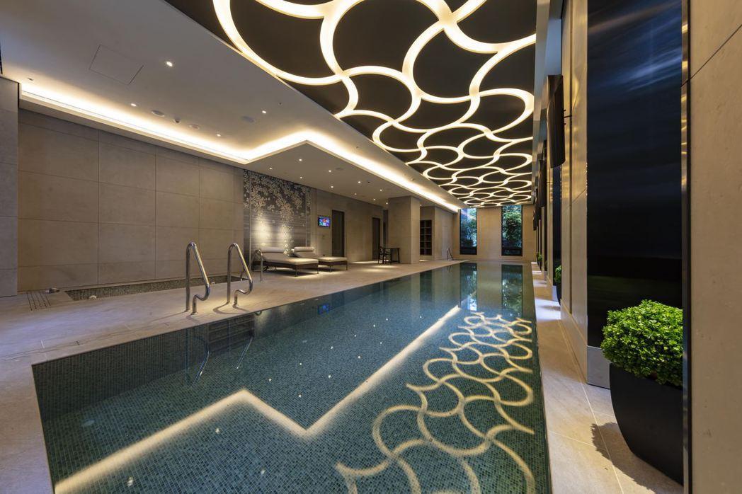 專屬泳池,只為預約住戶單獨開放使用,極具私密性。 張瑞文/攝影