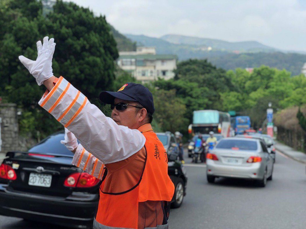 陽明山竹子湖海芋季+繡球花季,北市將實施長達87天交通管制。圖/北市交通大隊提供