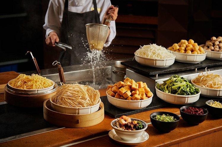香格里拉台南遠東國際大飯店加碼祭出遠東CAFÉ「晚食用餐」活動,限時優惠5折。圖...