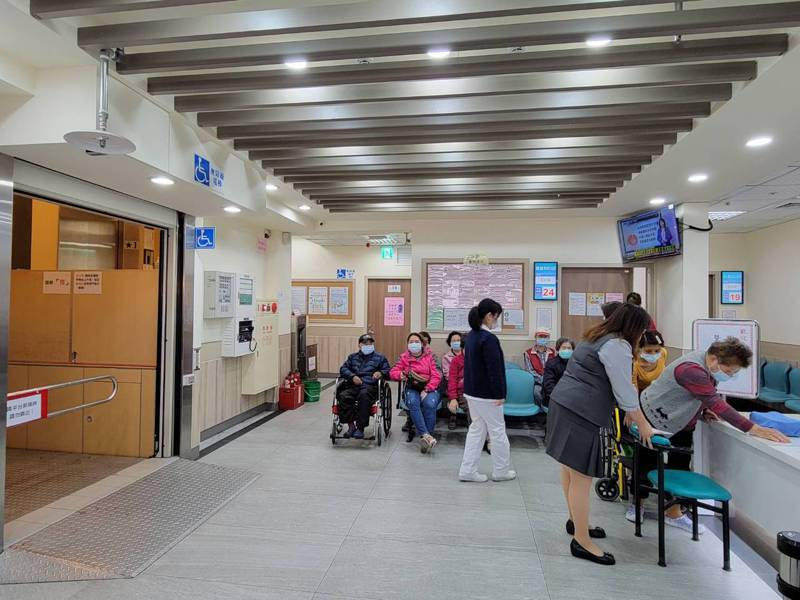 新莊區新仁醫院已使用41年,經過2年半的時間,在今年1月底依照醫療法完成改建。記者江婉儀/攝影