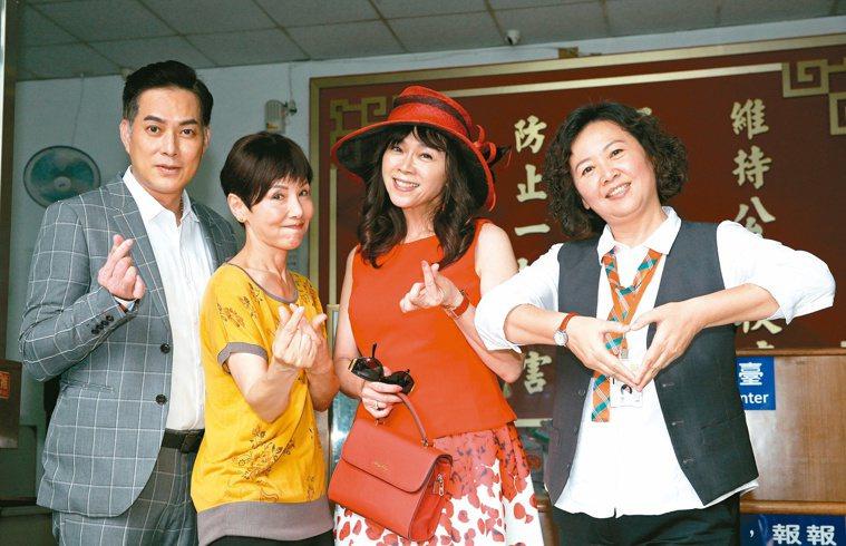 王琄(右)在演藝圈30多年,失婚後勇敢開始新嘗試,轉往影視圈發展,也找到新方向。...