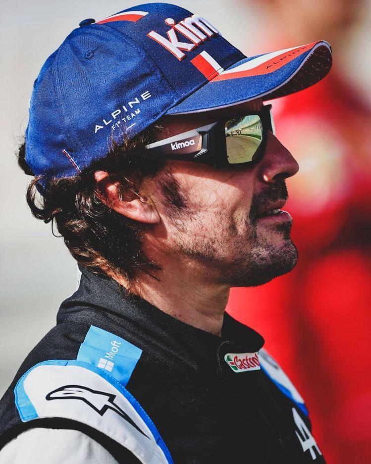 Alpine的一號車手、兩屆F1冠軍Fernando Alonso其實是RICH...