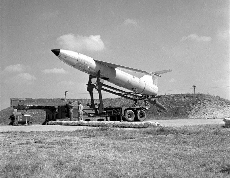 1957年下半年美方的屠牛士飛彈部隊進駐台灣,後來為了改善與大陸關係,美國又將這些飛彈撤出台灣。圖/聯合報系資料照片