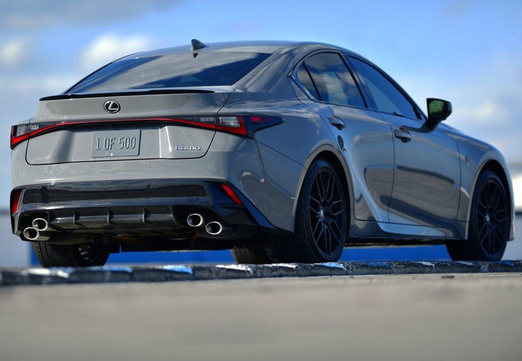 IS的銷售速度或許能增添IS 500的買氣。 摘自Lexus