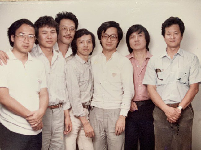「兒子的大玩偶」工作人員,(左起)導演曾壯祥、侯孝賢、萬仁、編劇吳念真、企畫小野...
