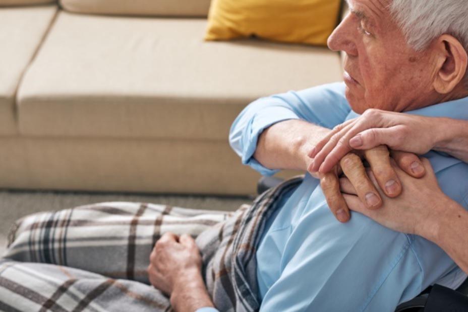看到許多照護者們因照顧家人鬱鬱寡歡,吳若權建議照護者從「心」出發,認清自己適合扮...