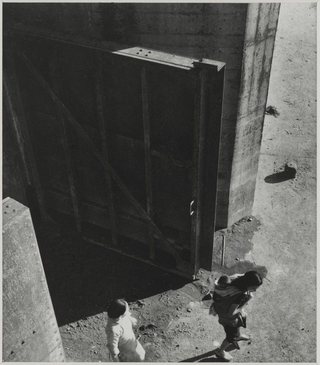 李鳴鵰,〈淡水河口〉。 圖/國家攝影文化中心提供