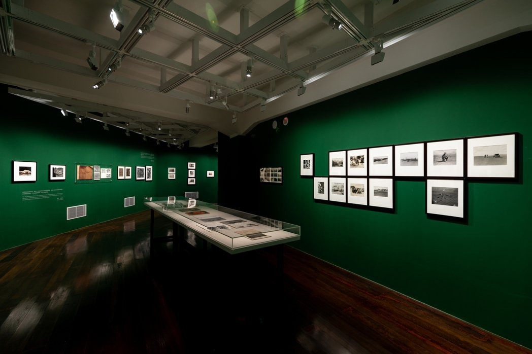 「塵與時:從宇宙到居所」展場。 圖/國家攝影文化中心提供