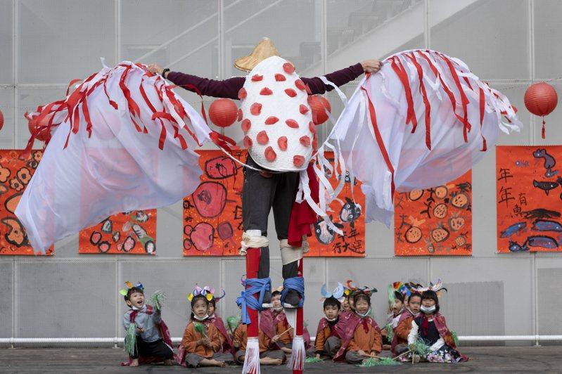 圓劇團將在高雄兒美館演出「台味馬戲交響曲」。圖/圓劇團提供