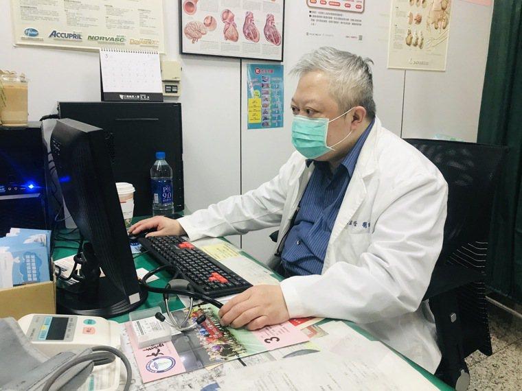 李綜合心臟內科江孟橙醫師提醒,中風患者要定期回診。圖/李綜合醫院提供