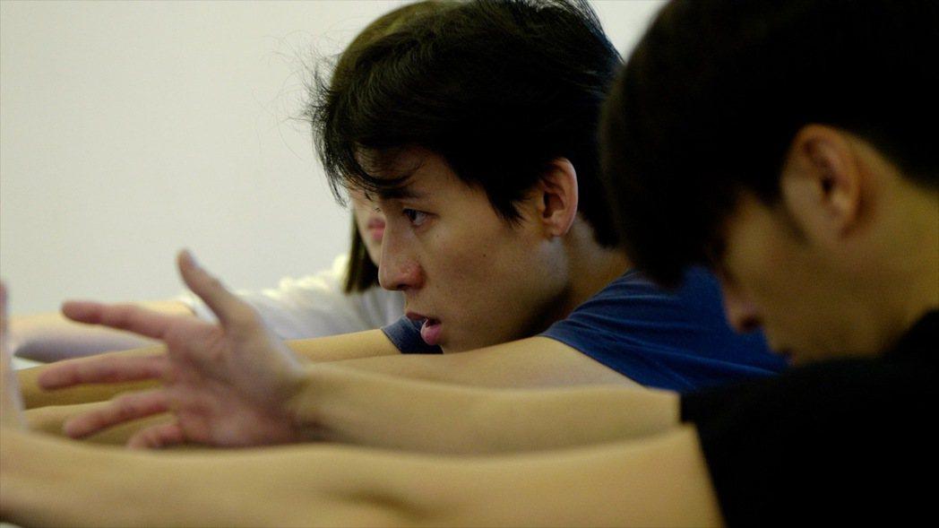徐鈞浩回歸「植劇場2」上課,透露大家私下常常互相打氣。圖/拙八郎提供