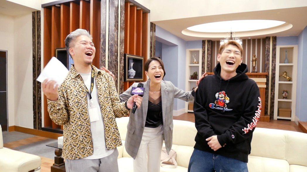 蘇晏霈(中)模仿「樹懶叫」笑翻全場。圖/民視提供