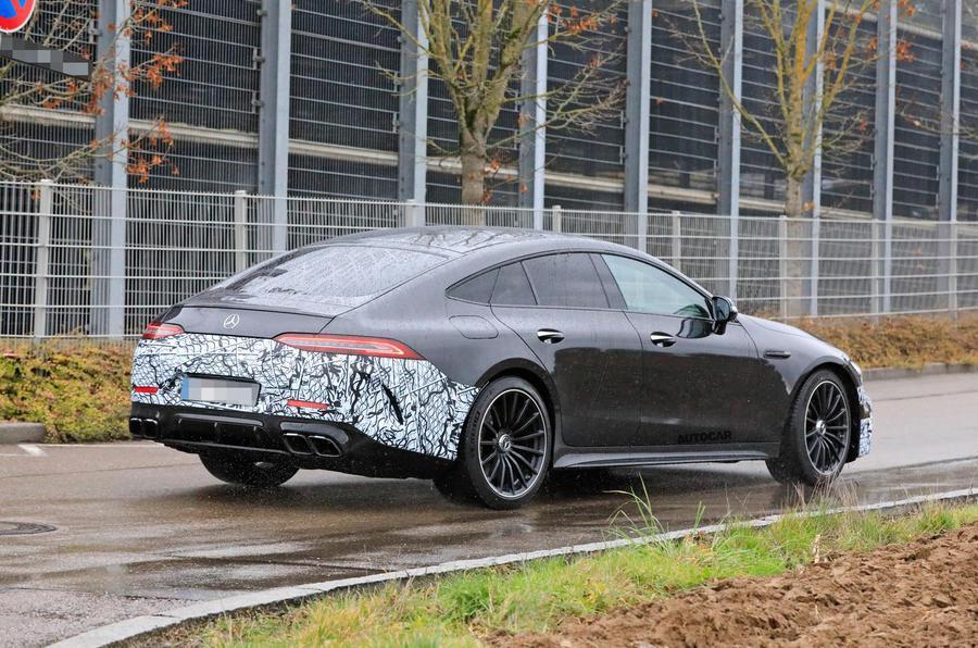 Mercedes-AMG GT 73e偽裝車。 摘自AutoCar