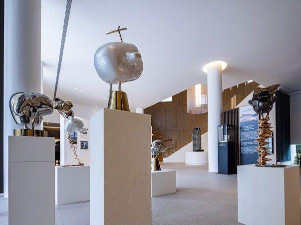 「東昀昀」空間內推出期間限定「藝雲之境」展覽,將藝術美學融入在民眾的日常生活中。...