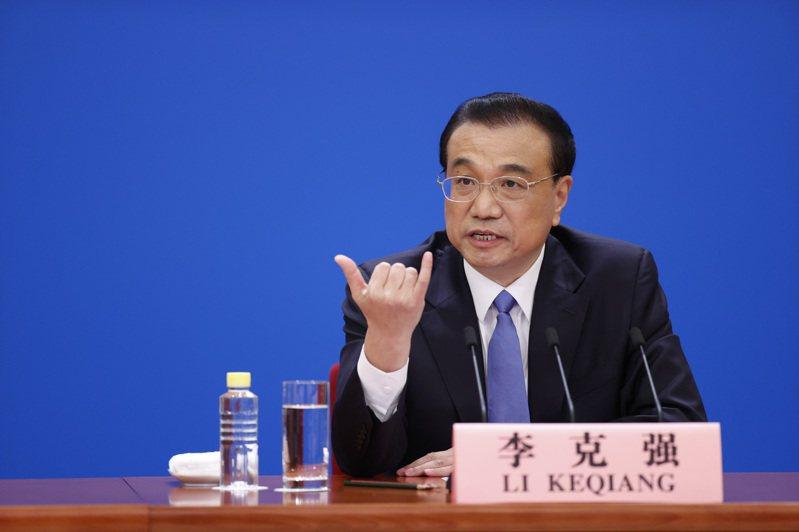 中國國務院總理李克強在今年的政府工作報告中首度提到高度警惕台獨,就是對台灣修憲畫下紅線。 圖/中國新聞社