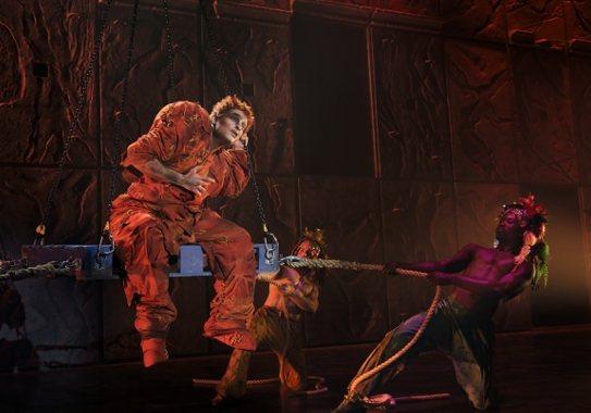 法文音樂劇《鐘樓怪人》首度北、高雙城巡演,觀眾反應相當熱烈。圖 / 聯合數位文創提供