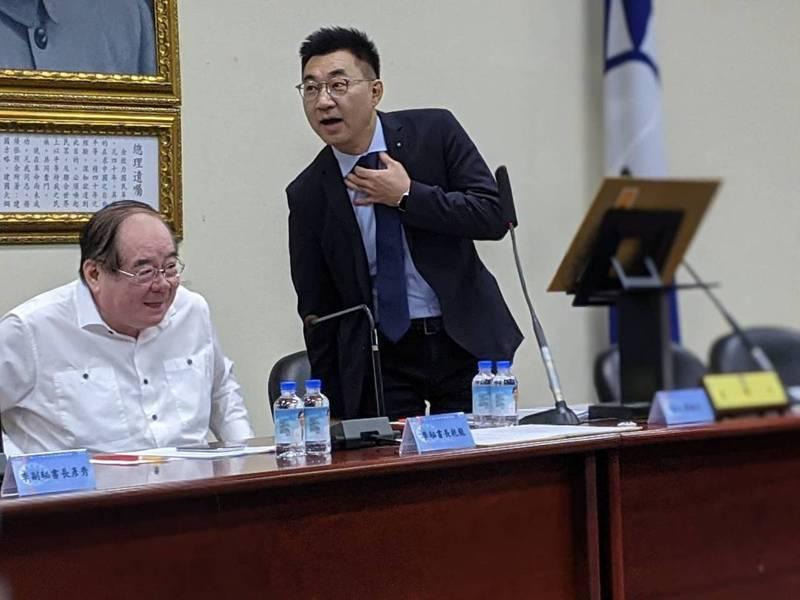 國民黨主席江啟臣(右)。本報資料照片