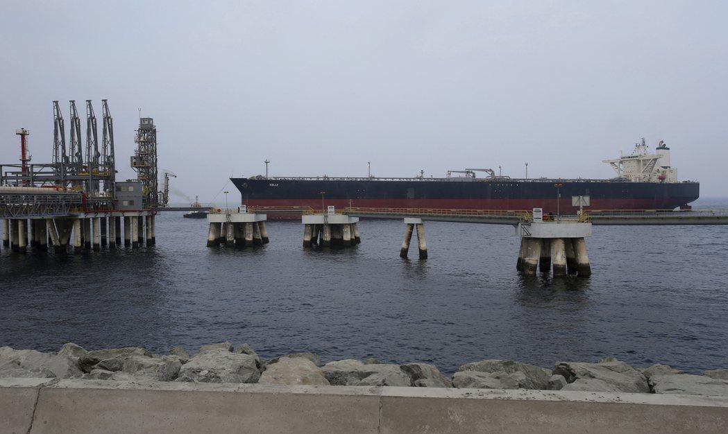 阿聯「阿布達比國家石油公司」(Adnoc)所屬油輪。  美聯社