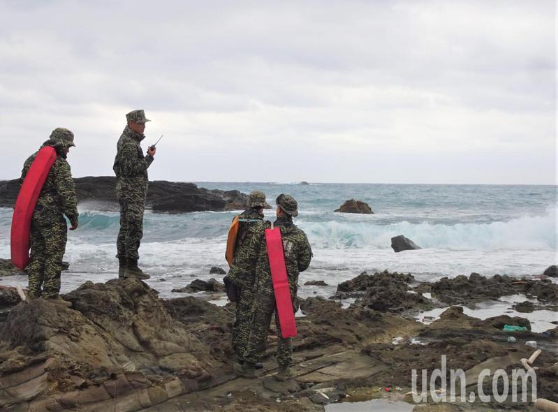 搜救上尉飛行官潘穎諄今天進入第9天,國軍持續進行海上、岸際、山區和水下搜尋作業。記者潘欣中/攝影